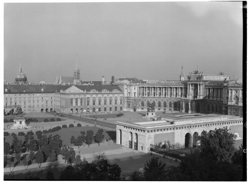 Blick in Richtung Neue Burg, Wien, um 1950, ÖNB, Bildarchiv und Grafiksammlung
